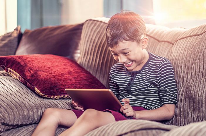 Penggunaan Gadget Bijak pada Anak